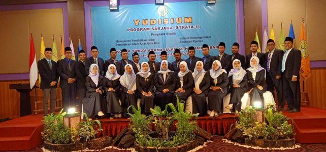 Meluluskan Mahasiswa Angkatan Pertamanya, Prodi Ekonomi Syariah Berbangga
