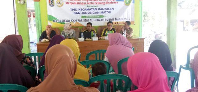 Mahasiswi KKN PAR STAI Al Hikmah Tuban Mengenalkan Biogas ke Masyarakat Desa Bate Kecamatan Bangilan